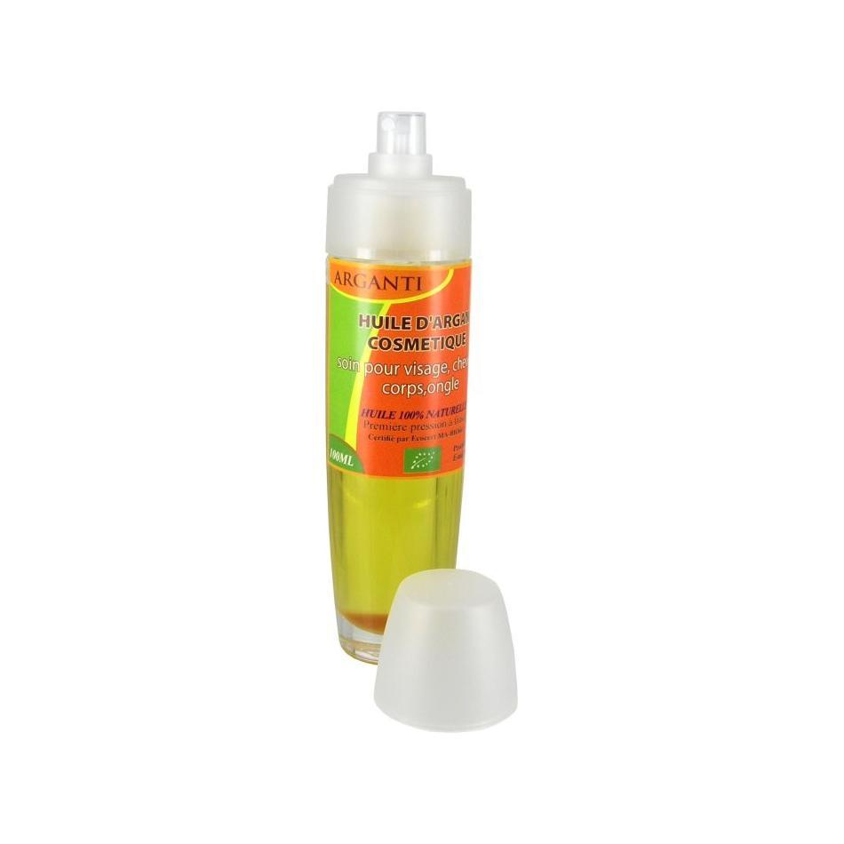 Les moyens pour les cheveux avec leffet mouillé