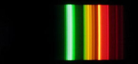 Spectre lumineux avec un filtre anti-lumière bleue efficace