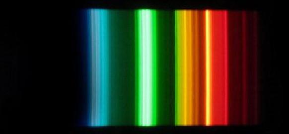 Spectre lumineux avec un filtre moyennement efficace